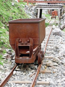 old-gold-mine-carts