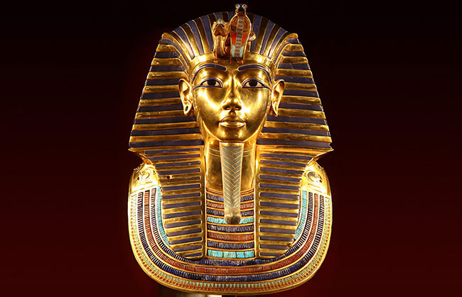 king tut gold funerary mask