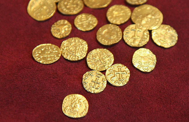 anglo-saxon gold
