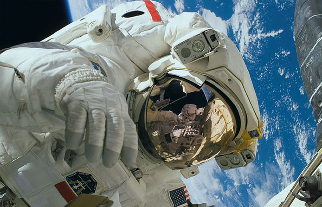 astronaut gold in space suit
